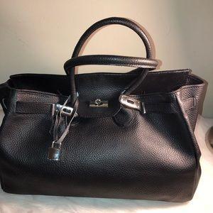 Genuine Leather Handbag made in Italy.